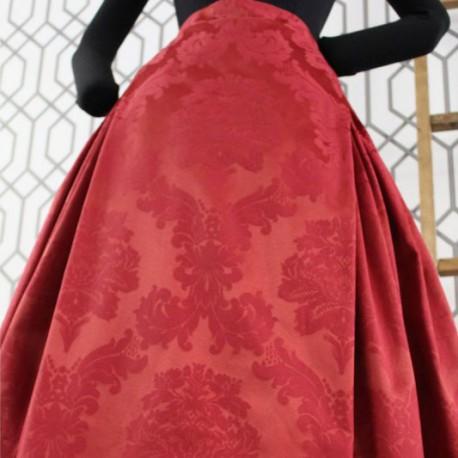 Falda roja damasco